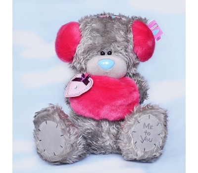 Мишка Тедди в наушниках с муфточкой