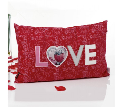 Романтическая подушка Love для любимых