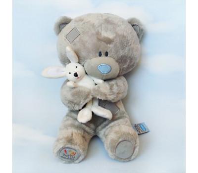 Мишка Тедди в обнимку с кроликом
