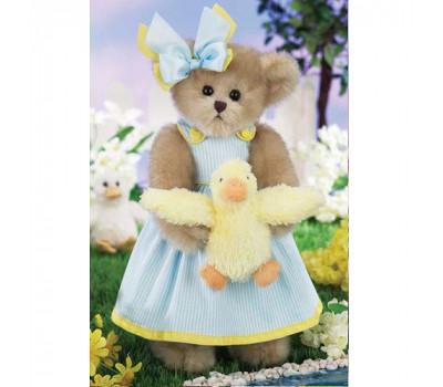 Мишка Бэрингтон в платье с уточкой в лапках