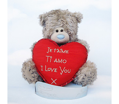 Тедди с красным сердцем