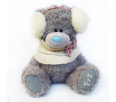 Мишка Тедди в белой манишке с наушниками