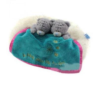 Два мишки Тедди MTY под зеленым одеялом