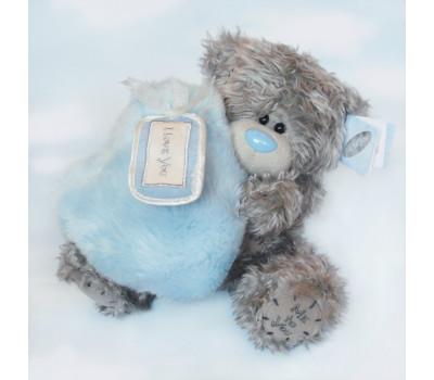 Медвежонок с пушистым голубым сердцем