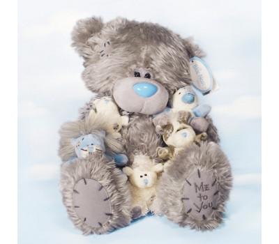 Мишка Тедди в обнимку с друзьями